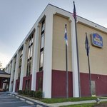  BEST WESTERN PLUS Portsmouth-Chesapeake Hotel