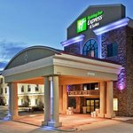  Holiday Inn Express &amp; Suites Hotel Hobbs, New Mexico