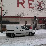  le quartier de l&#39;hotel ,cinema le rex