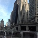 the amazing buildings of chicago