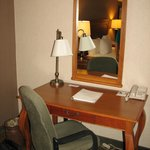  Room type: King bed w/ Sofabed - work desk (free wifi too, works great at 2am)