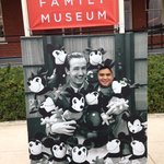  take a photo with walt