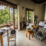 The Villa Kunti master suite