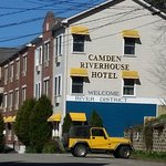 صورة فوتوغرافية لـ ‪Camden Riverhouse Hotel and Inns‬