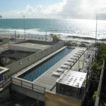  Vista do apartamento para a piscina o hotel e para a Praia dos Artistas