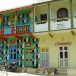 Typical colours found in modern and older Diu architecture