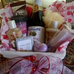  Small special occasion spa basket