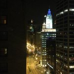 wrigley building and michigan avenue