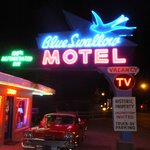 Entance of Blue Swallow Motel