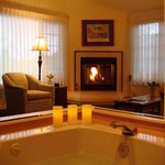  Stratford Suite jetted tub and fireplace