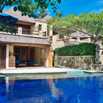 Senggigi Beach Hotel Pool Villa Club