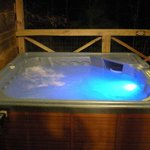  Hot tub!