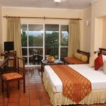  Deluxe Room (selected rooms have flats screen TVs)