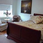 Φωτογραφία: A Suite Dreams Toronto B&B