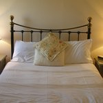  Guest accommodation at the Tithe Barn, Cottesmore, Rutland
