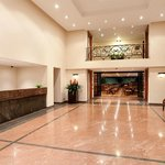  Lobby Hotel