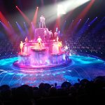 Closing scene at La Reve