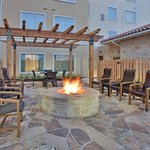 Outdoor Patio & BBQ