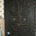  The fancy carved door for our hotel room