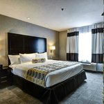 Home Inn &amp; Suites - Yorkton
