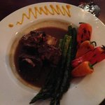 buffalo short ribs with grilled peppers and asparagus