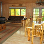  Cabin 7 living room