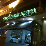  Hallmark Hotel