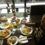  Big breakfast at Holiday Inn Dongzhimen