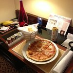 Fantastic pizza from room service/hotel resturant