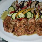 Garlic shrimp and veggies