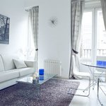Six Rooms Apartments Madrid