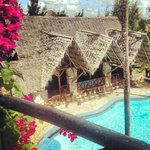 Samaki Lodge pool