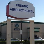 ‪BEST WESTERN PLUS Fresno Airport Hotel‬