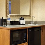 Suite Wet Bar