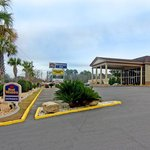 ‪BEST WESTERN Riverside Inn‬