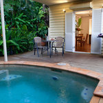 Cottage: Pool, deck & BBQ