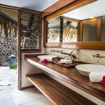 Bure bathroom and outdoor shower