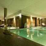 Spa - Waterfall swimming pool and whirlpool