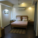 Perch Service Apartments resmi