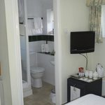  Bathroom in Room 5