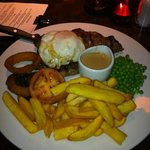 steak with haggis from pub next door - fantastic!