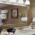  Bathroom With Bath and Body Works Amenities