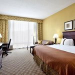 Spacious Rooms with Free WIFI for our Business Traveler