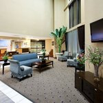 Spacious lobby with a great breakfast bar!