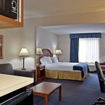 You&#39;ll love the extra space in our suites.