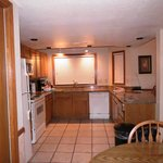  Wyndham Flagstaff 2 Bedroom Unit - Kitchen and Dining Area