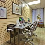 Complimentary 24 Hour Business Center