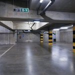  Holiday Inn Brussels-Schuman: Private underground parking