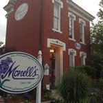 Foto de Monell's Dining & Catering