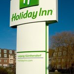 Holiday Inn Signage